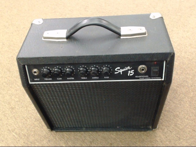 FENDER SQUIER 15 - GUITAR AMP