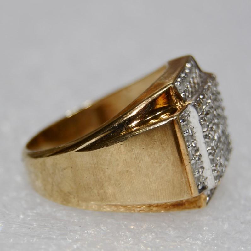 10K Yellow Gold Men's Cathedral Set Large Diamond Cluster Ring sz 10