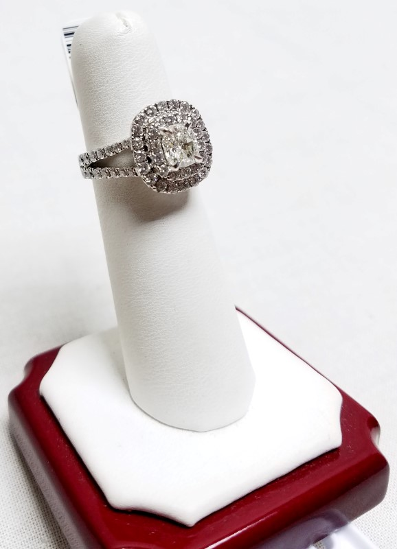 Lady's Diamond Engagement Ring 62 Diamonds 1.24 Carat T.W. 14K White Gold 7.1g