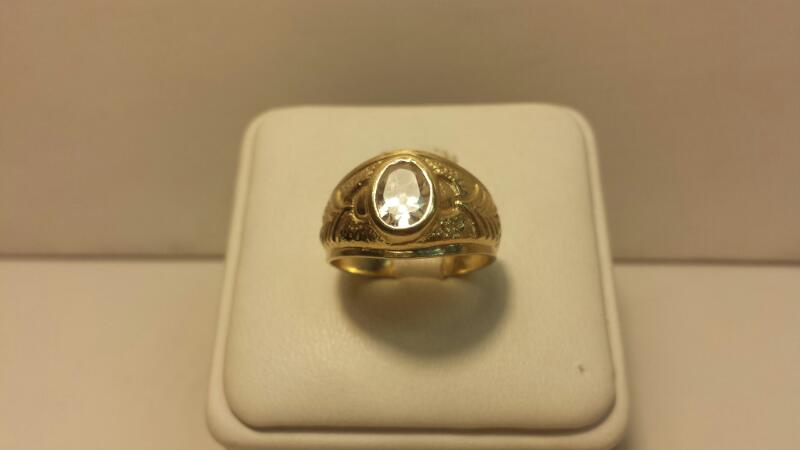 14k Yellow Gold Ring with 1 Oval White Stone - 2.6dwt - Size 7