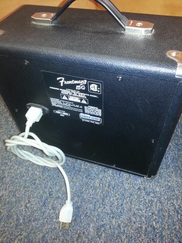 FENDER ELECTRIC GUITAR AMP FRONTMAN 15G]