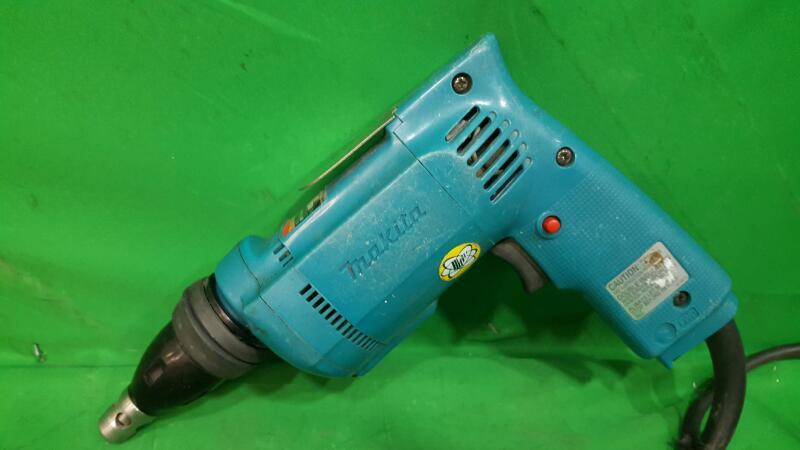 MAKITA Drywall Screw Gun 6820V