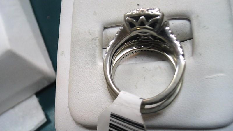 Lady's 10K White Gold Halo Setting Wedding Set 5.6g (Free S/H)