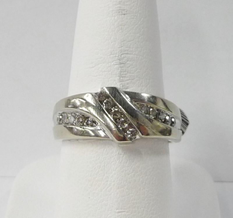Gent's Gold-Diamond Wedding Band 15 Diamonds .75 Carat T.W. 10K White Gold