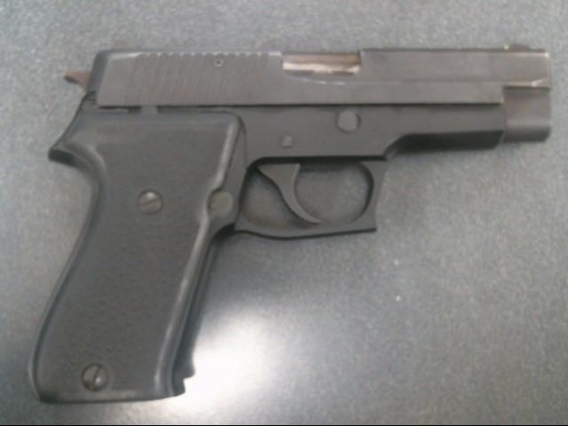 SIG SAUER Pistol P220