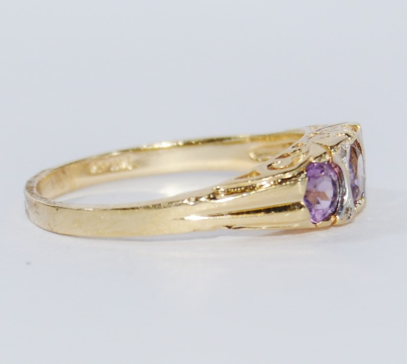 14K Yellow Gold Vintage Set Amethyst & Diamond 3 Stone Ring Size 8