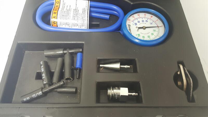 Snap On EEPV311A Vacuum Pressure Gauge Set