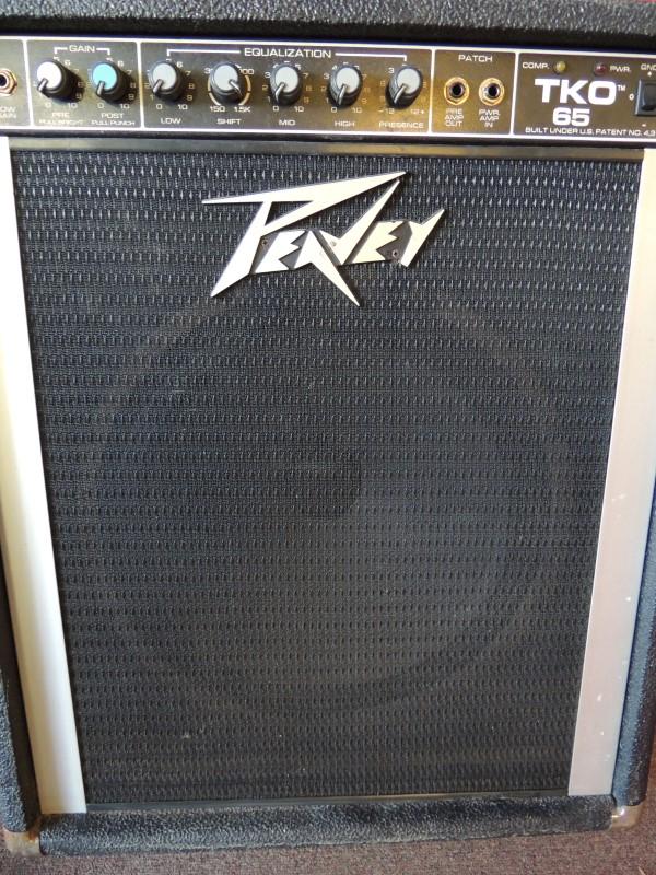 PEAVEY Bass Guitar Amp TKO 65 BASS AMP