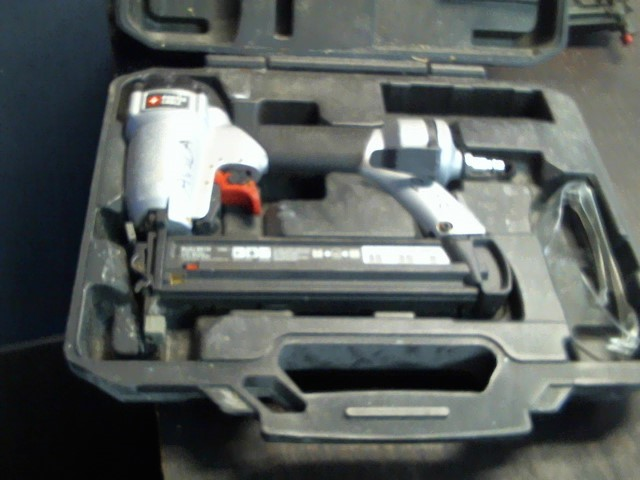 PORTER CABLE Nailer/Stapler BN138