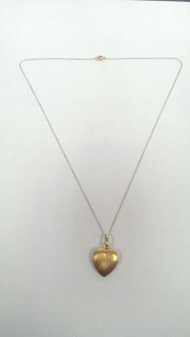 "16"" Gold Chain 18K Yellow Gold 3g with 18K Heart Pendant"
