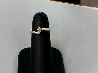 Lady's Diamond Engagement Ring .10 CT. 10K Yellow Gold 0.9dwt Size:4.5