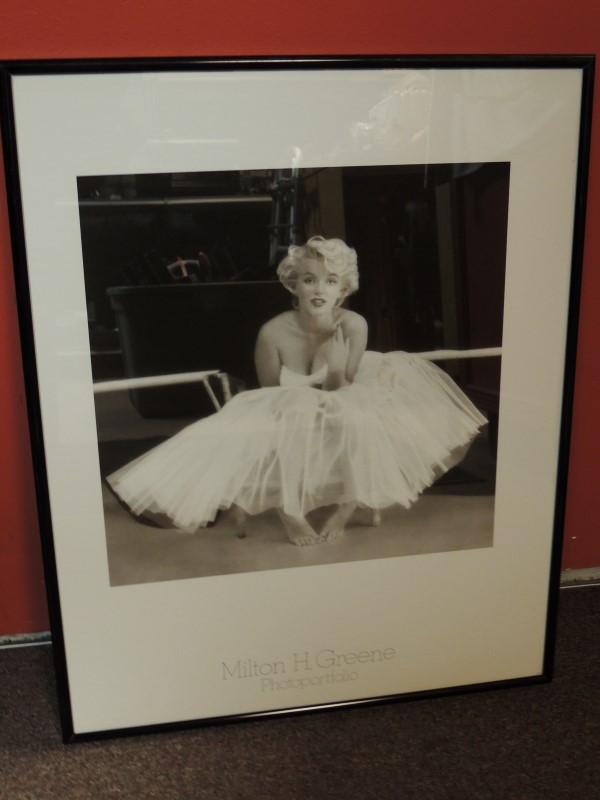 MARILYN MONROE FRAMED PRINT MILTON GREENE PHOTOPORTFOLIO 21x16