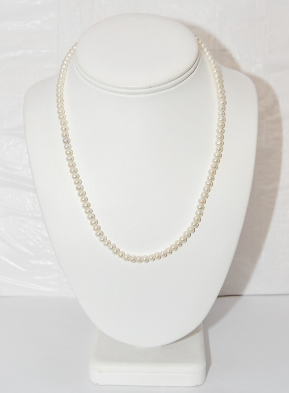 "18"" Pearl Stone Necklace 14K Yellow Gold 14.61g"
