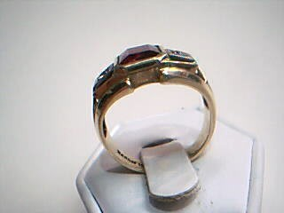 Red Stone Gent's Stone Ring 10K Yellow Gold 6g Size:10