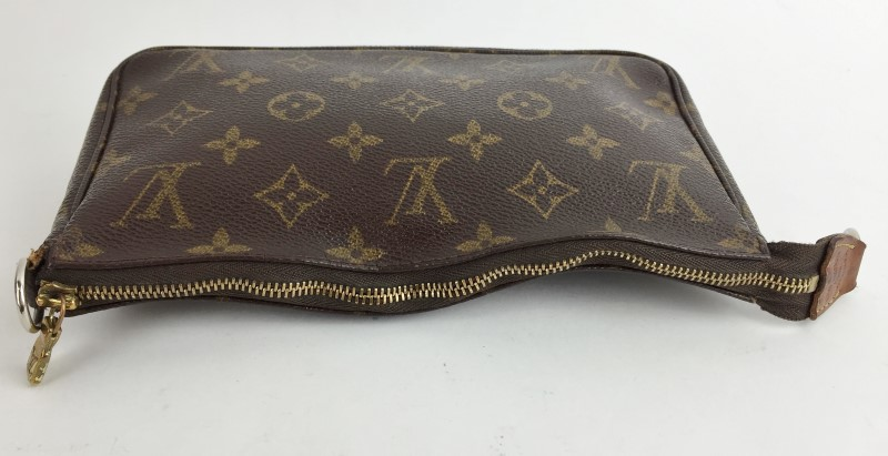 LOUIS VUITTON Handbag MONOGRAM POCHETTE HANDBAG