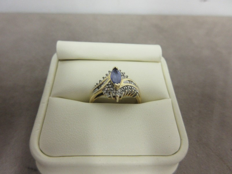 Purple Stone Lady's Stone & Diamond Ring 34 Diamonds .34 Carat T.W.