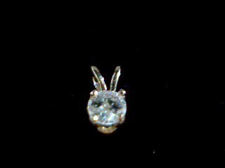 Gold-Diamond Solitaire Pendant .20 CT. 14K Yellow Gold 0.02g