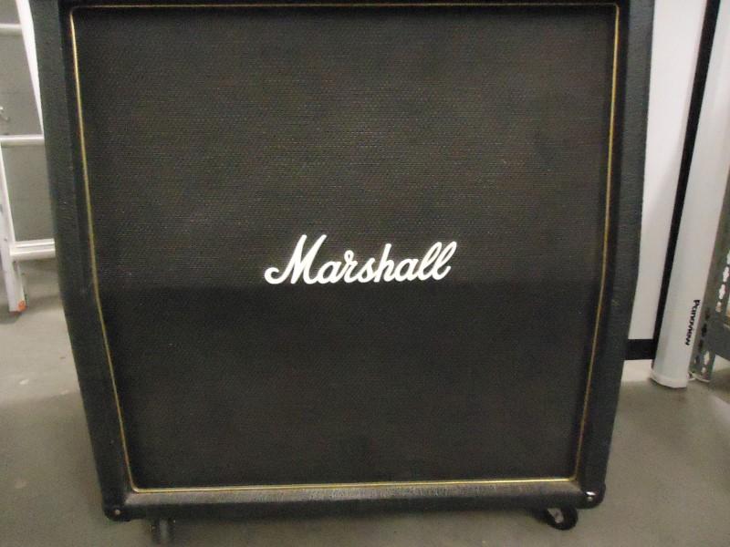 MARSHALL Speaker Cabinet AVT412