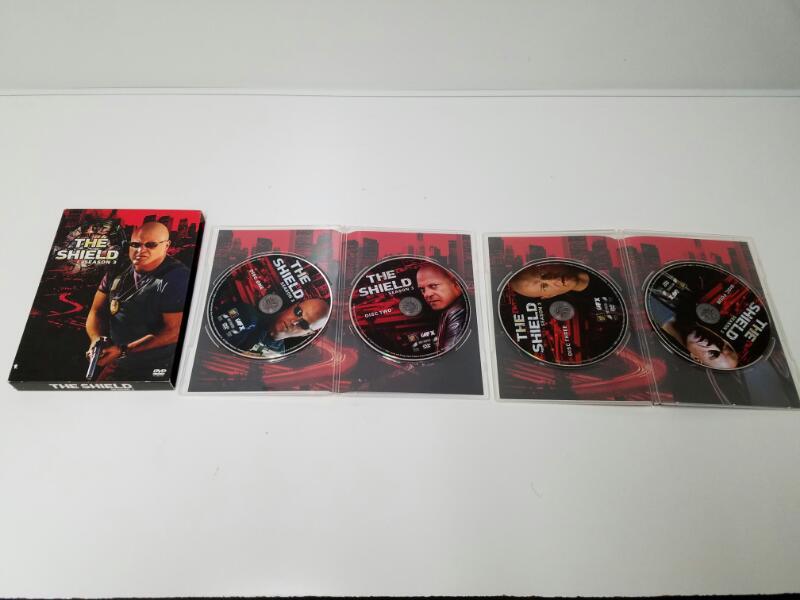 The Shield Season 3 on DVD