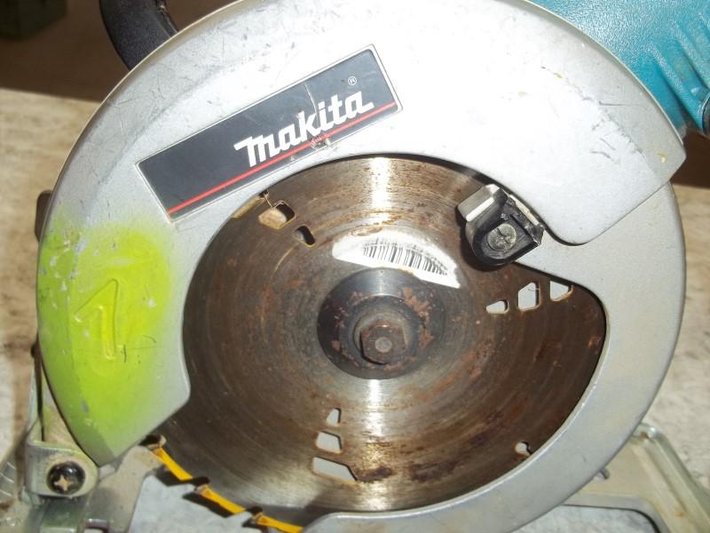 MAKITA WORM DRIVE 5277B