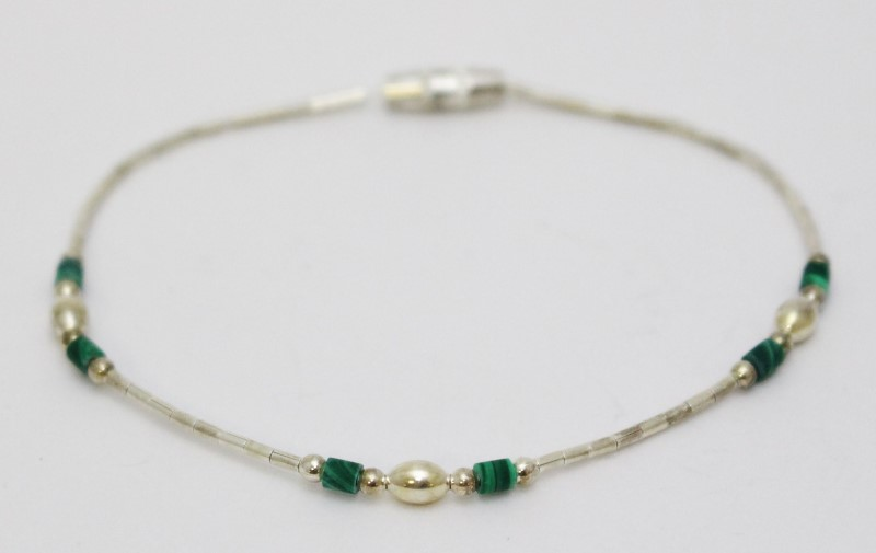 "7"" Sterling Silver Beaded Malachite Screw Clasp Bracelet"