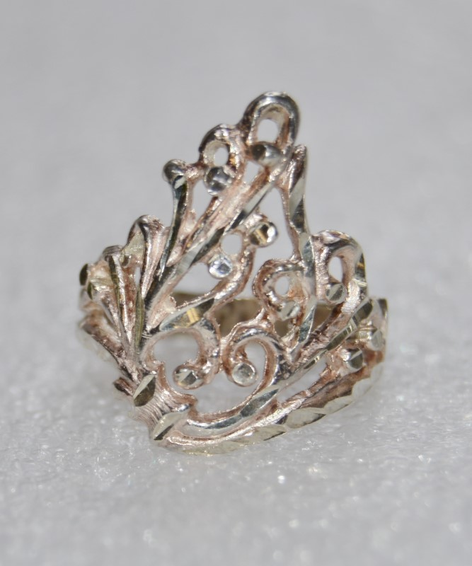 Sterling Silver Diamond Cut Open Face Filigree Crown Ring Size 6.75