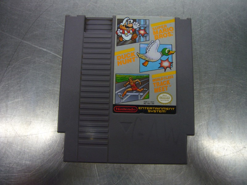 NINTENDO NES Game SUPER MARIO BROS/DUCK HUNT/WORLD CLASS TRACK MEET *GAME ONLY*