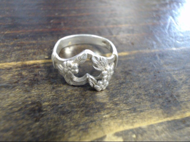 Lady's Silver Ring 925 Silver 3.9g Size:6.5