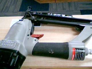 Nailer/Stapler FN250B