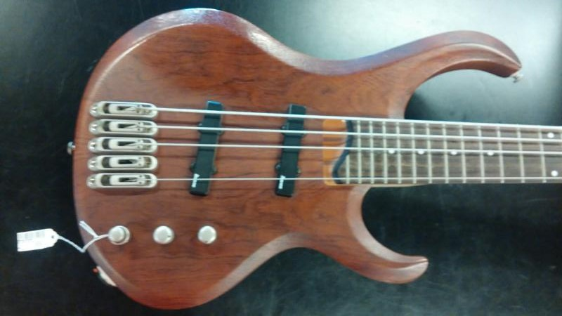 IBANEZ Bass Guitar BTB