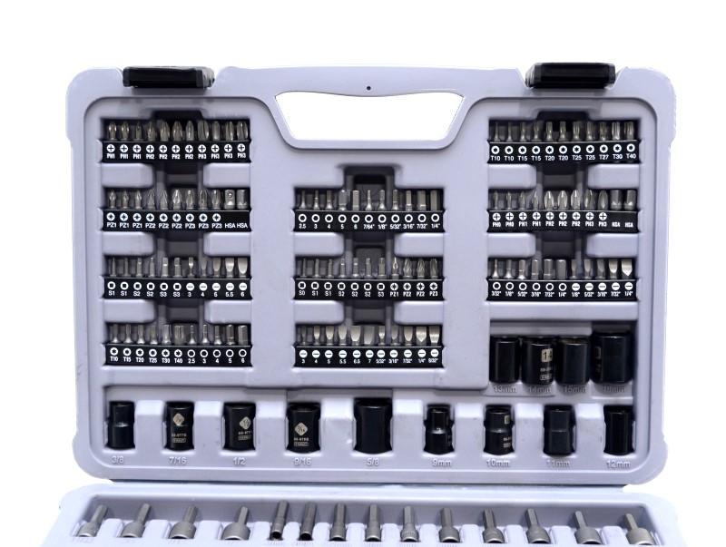 "Stanley STMT74905 171 pcs Black Chrome 1/4"" 3/8"" Socket Tool Set>"