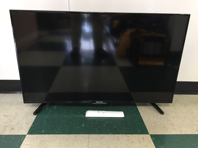 "40"" HISENSE FLAT SCREEN TV 40H5B"