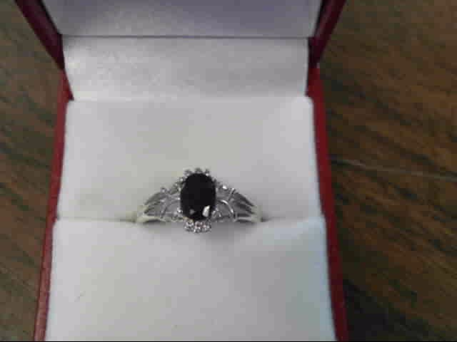 Black Stone Lady's Silver & Stone Ring 925 Silver 1.4dwt