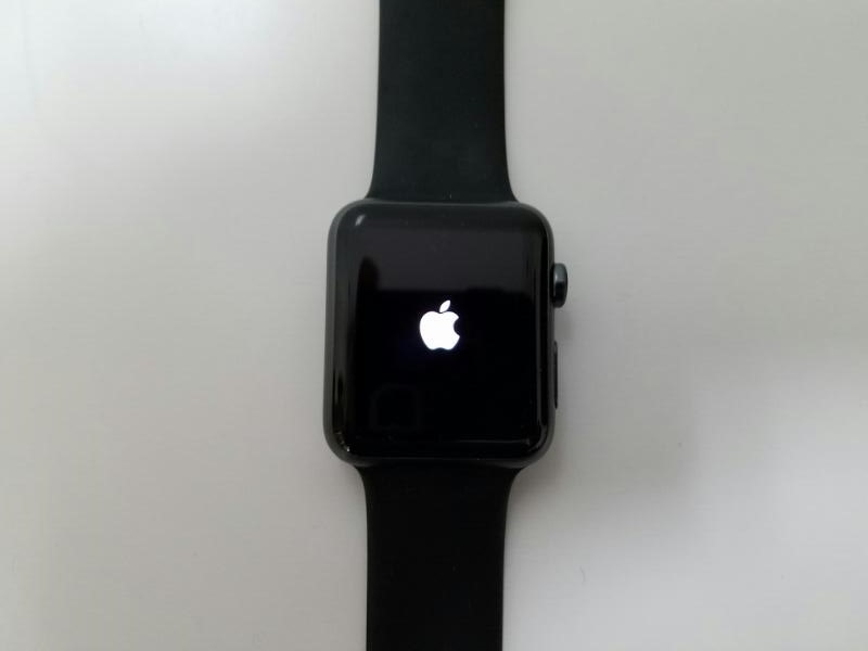 APPLE MJ3T2LL/A WATCH 42MM Black Great Condition!