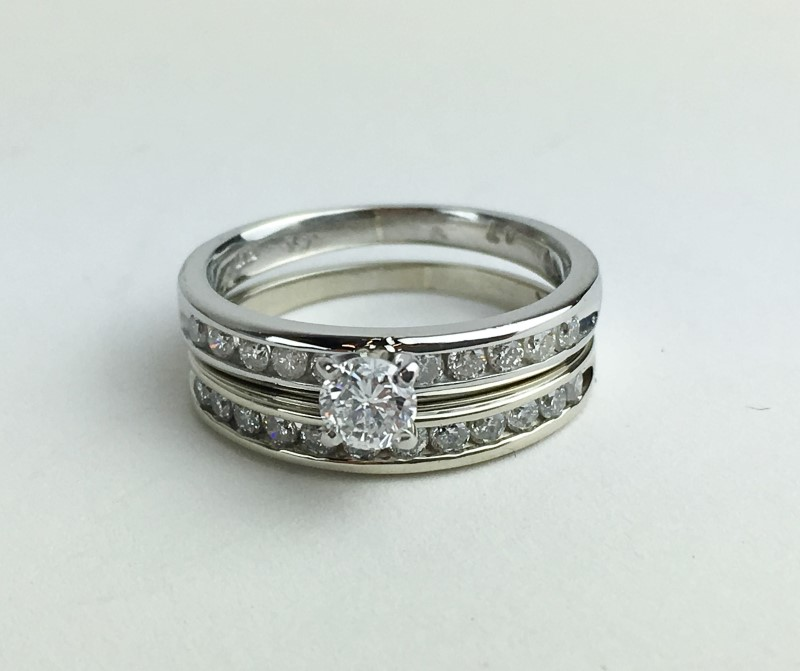 2 PIECE .950 PLATINUM DIAMOND WEDDING SET APX .86CTW SIZE 5.5
