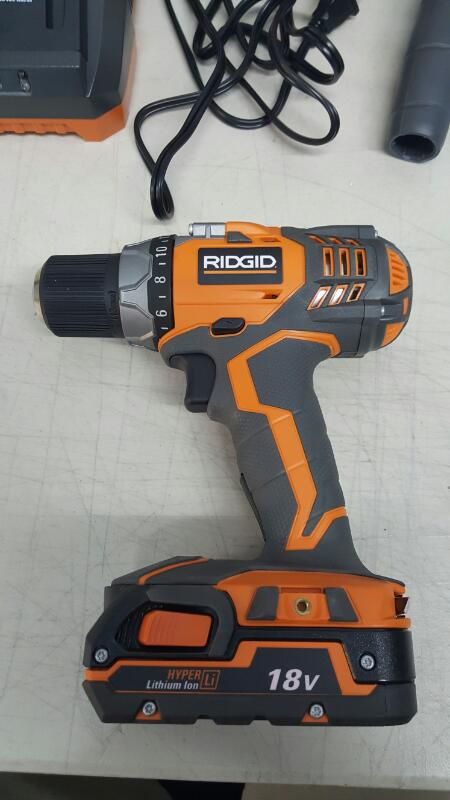 Rigid R86008/R86034 Driil And Impact Driver Work Combo