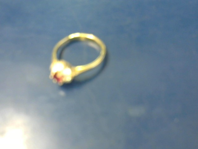 RING JEWELRY; SYNTHETIC RED AND CLEAR STONES RING
