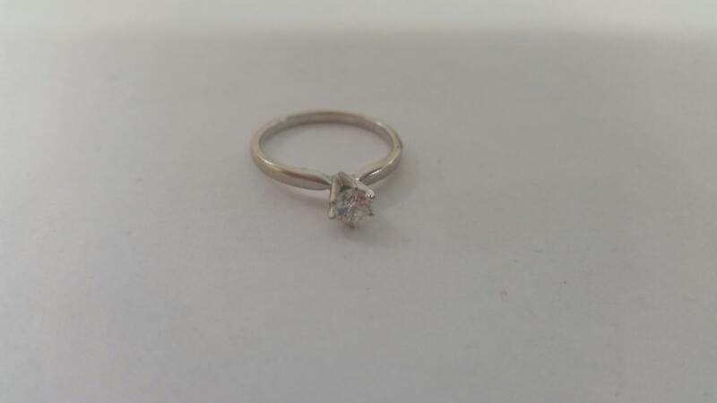 Lds 10K-W/G Diamond Solitaire Engagement Ring .30CT