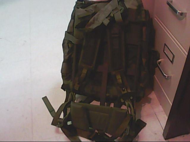 U.S. MILITARY COMBAT FIELD PACK
