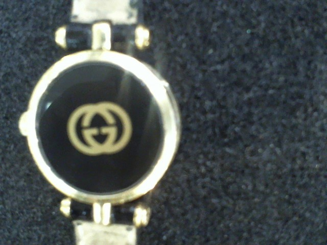 GUCCI Lady's Wristwatch VINTAGE BLACK AND GOLD TONE