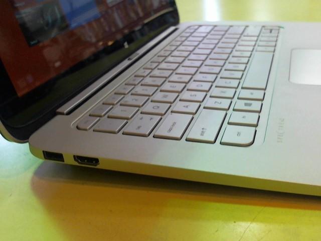 HEWLETT PACKARD Laptop/Netbook SPECTRE X2