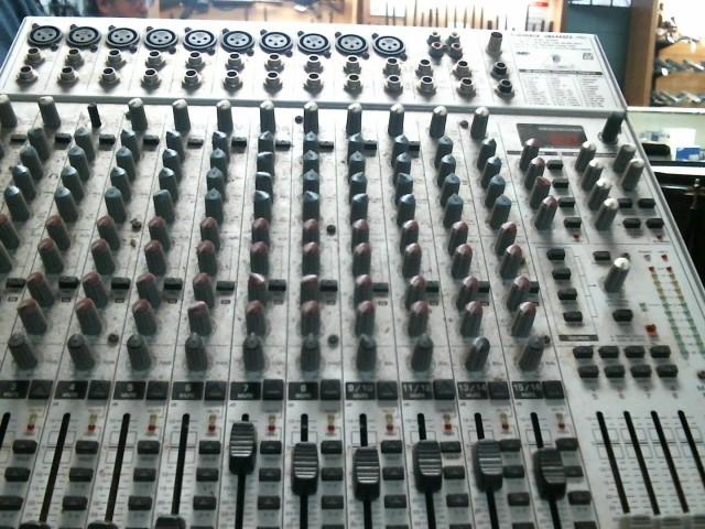 BEHRINGER Mixer UB2442 FX-PRO