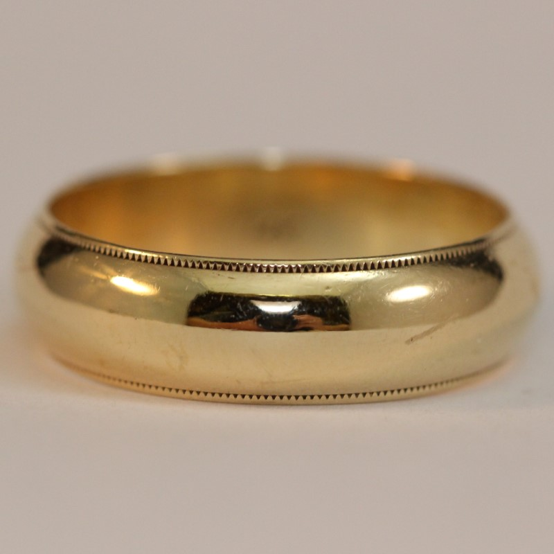14K Yellow Gold Men's Wedding Band Size 9