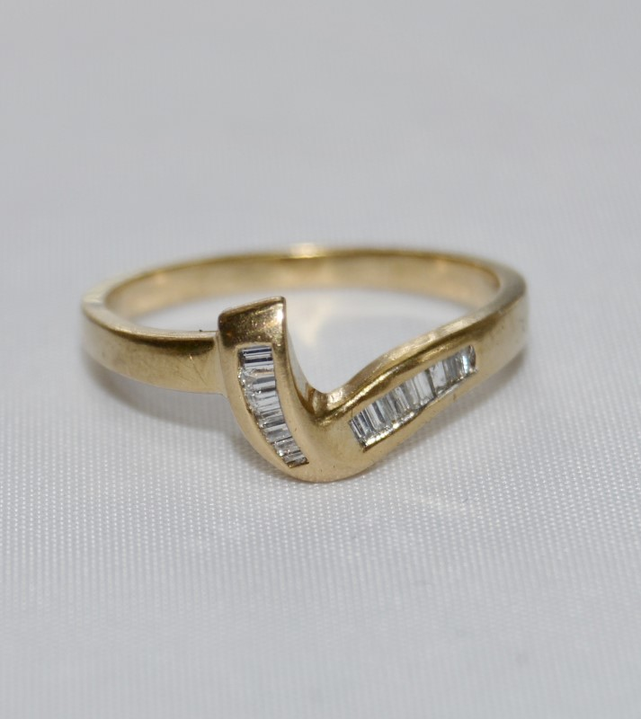 14K Yellow Gold Unique Baquette Diamond Wrap Style Ring Band sz 6