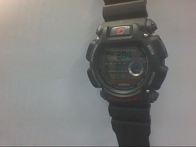 CASIO Gent's Wristwatch G SHOCK 3232