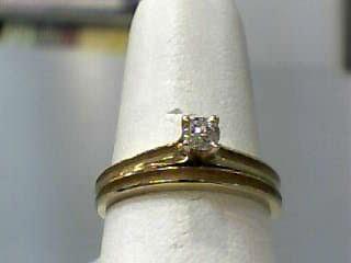 Lady's Diamond Wedding Set .16 CT. 14K Yellow Gold 1.8dwt Size:6