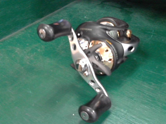 QUANTUM Fishing Reel CD870CXA CD870CXA