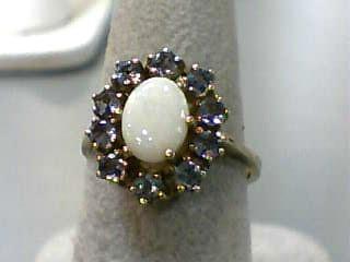 Tanzanite Lady's Stone Ring 10K Yellow Gold 1.9dwt Size:7