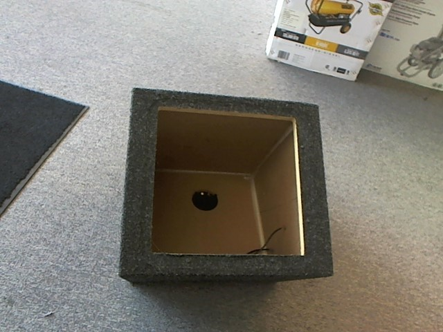 "KICKER 12"" SQUARE SUB BOX ONLY"