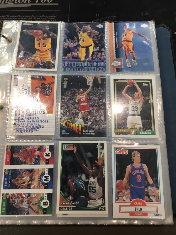 Sports Memorabilia BASKETBALL CARDS